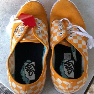 Vans Shoes - Men's vans size 11 NEW IN BOX